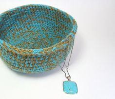 jute crochet bowl from Interview with Etsy Crocheter Nita of Lilena