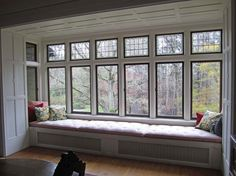 Love to have this tufted window seat in my quilt room!