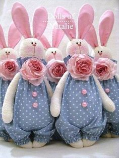 I love hares … - Stofftiere Felt Crafts, Easter Crafts, Fabric Toys, Waldorf Dolls, Sewing Toys, Animal Crafts, Soft Dolls, Diy Doll, Stuffed Toys Patterns