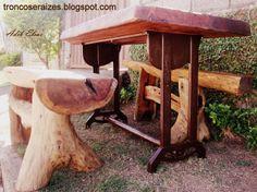 Mesa rústica de madeira reciclada de Eucalipto,base de ferro fundido de demolição(antiga máquina de costura).Bancos em jacarandá