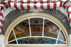 JUGENDSTIL STYLE window in  Zutphen, Netherlands, Spectacular owl in stained glass