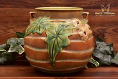 Roseville Pottery 1934 Brown Luffa Round Vase #255-6 - The Kings Fortune