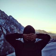 #beauty #snow #sunrise #cold #peace #pose