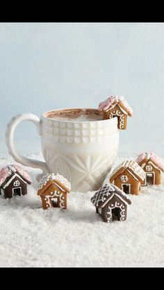 Mini gingerbread houses for Ho