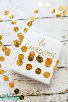 Easy Gold Geometric Garland Gift Wrapping Tutorial & 1076 best Gift Wrap Ideas images on Pinterest | Wrapping gifts Gift ...