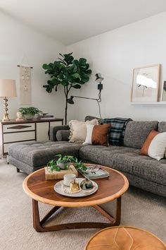 30 Amazing Living Room Design Ideas You Must Try - Home Design and Decor Boho Living Room, Living Spaces, Gray Couch Living Room, Simple Living Room Decor, Bohemian Living, Dark Wooden Floor Living Room, Room And Board Living Room, Plants In Living Room, Grey Living Room Furniture