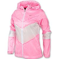 When the weather turns just nasty enough to make deciding what to wear for your run tricky, look no further than the Nike Cyclone Women's Running Jacket. With protection against moderate weather like light rain or variable winds, this running jacket remains light enough to not weigh you down or restrict your range of motion. Plus, it harnesses moisture-wicking materials for added ventilation and can help to keep you a little warmer on days with a slight chill in the air. TECHNOLOGY: Dri-FIT…