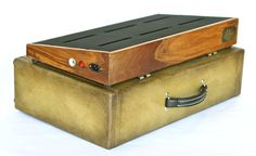 Salvage Custom - Hardwood pedalboard
