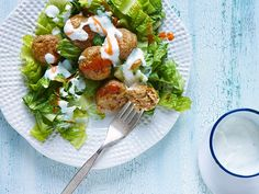 #Chopped-inspired Sausage Falafel with Romaine and Yogurt Sauce #Falafel #Chopped