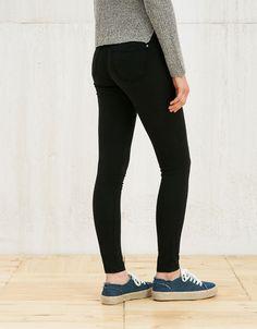 Pantalones - MUJER - MUJER - Bershka España