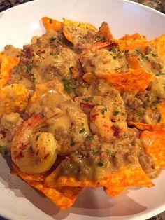 shrimp and jalapeno nachos Think Food, I Love Food, Junk Food Snacks, Food Obsession, Seafood Dinner, Food Goals, Aesthetic Food, Food Cravings, Soul Food