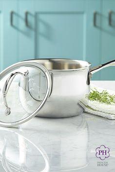 Cocina salsas perfectas con la textura y sabor perfectos en nuestra Olla para salsas de 2.5 qt. de Acero Inoxidable Tri-Ply Princess Heritage®.