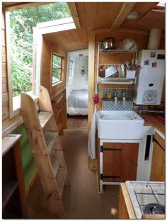 Springer 45 Cruiser Stern, House Boat, Tiny house, Tiny Home, Floating House Canal Boat Interior, Narrowboat Interiors, Narrowboat Kitchen, House Boat Interiors, Canal Barge, Houseboat Living, Houseboat Ideas, Dutch Barge, Floating House