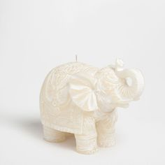 Elephant-shaped candle 21x10x15. £18