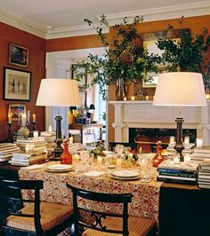 20 Fabulous Shades Of Orange Paint and Furnishings Orange Dining Room, Orange Rooms, Orange Walls, Dining Room Walls, Dining Area, Dining Table, Warm Dining Room, Murs Oranges, Orange Paint Colors