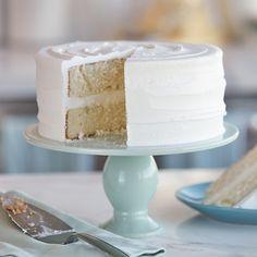 Easy Vanilla Buttercream Frosting Recipe | Wilton Wilton Buttercream Frosting, Cake Icing, Cupcake Cakes, Marshmallow Buttercream, Buttercream Ideas, Vanilla Buttercream, Best Cake Flavours, Cake Flavors, Easy Cake Recipes