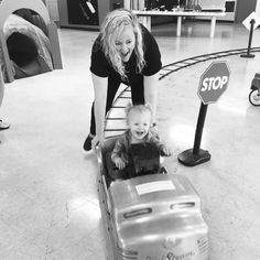 A fun day with the family at the Children's Museum. Tell us about your favorite holiday moments!  #childrensmuseum #northeasttexaschildrensmuseum #commercetx #childrensbook #texas #holidays #family #teacherlife #momlife #teachers #niece #nieces kiddos