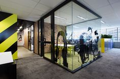 Siren Design has designed a new office space for Hollard Australia Group's Real Insurance call center. Modern Contemporary Bathrooms, Contemporary Home Furniture, Contemporary Stairs, Contemporary Building, Contemporary Cottage, Contemporary Apartment, Contemporary Wallpaper, Contemporary Office, Contemporary Design