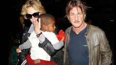 Sean Penn will adopt Charlize Theron's son | All on Style