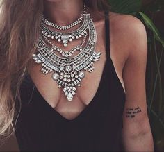 Glamorous Over The Top Statement Necklace #fashion #ootd #fashionista - 27,90 € @happinessboutique.com