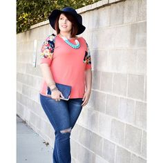 Gorgeous colors and florals in curvy right now! Tag a friend. #curvyfashion #plussizeclothing