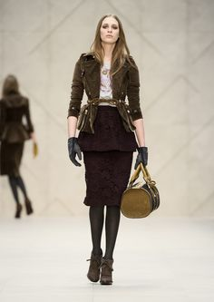 Burberry-Prorsum-Autumn-Winter-2012.13-Womenswear-Collection-34.jpg 1 000×1 414 пикс