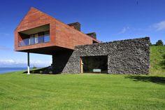 Gallery of Maiten House / Cristian Hrdalo - 1