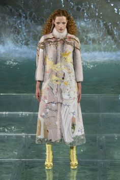 Fendi 90th Year Celebration Fashion Show, Trevi Fountain, Rome, Karl Lagerfeld, designer