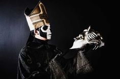 Papa Emeritus III With nameless ghoul mask. Band Ghost, Ghost Bc, Ghost Papa Emeritus, Billy Talent, Ghost Photos, Spooky Scary, Ghost Stories, My Chemical Romance, My Favorite Music