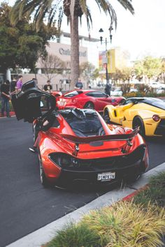 McLaren and Ferrari – Hello Hottness!victoryautose… – My CMS Maserati, Bugatti, Lamborghini, Ferrari Laferrari, New Sports Cars, Super Sport Cars, Jaguar, Royce, Nissan