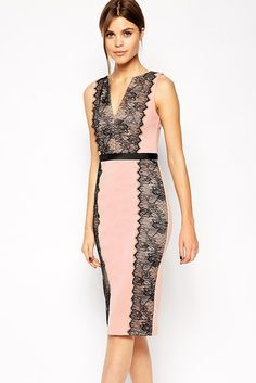 Lace Paneled Body-Conscious Dress https://www.modeshe.com