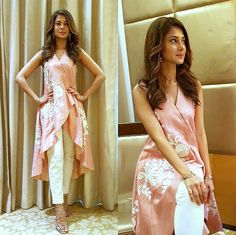 Jennifer Winget Is A Head Turner In This Surreal Kurti-Pant Combo! These Sexy Pictures of Jennifer Winget Will Keep You Up All Night.Photo: Jennifer Winget is the definition of ethereal for an eventfor this Tailer fit designer wear( ・・・ And Ran Kurta Designs, Blouse Designs, Pakistani Dresses, Indian Dresses, Indian Outfits, Jennifer Winget, Casual Dresses, Fashion Dresses, Stylish Dresses