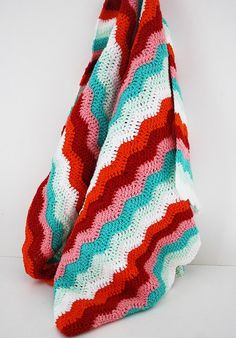 Ripple stitch crochet blanket. I LOVE these colors!