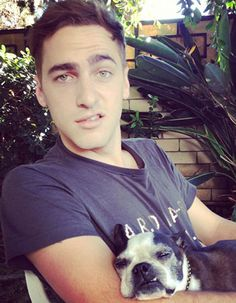 Happy Birthday Kendall Schmidt! 22 Awesome Instagram Pics For His 22nd Birthday!