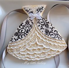 wedding dress fancy cookie
