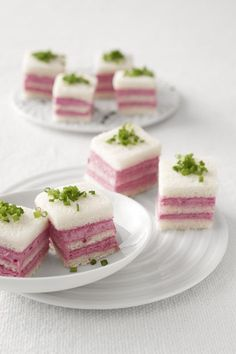 Se cerchi un antipasto sfizioso, profumato e delicato con cui tentare i tuoi ospiti, scopri la ricetta dei cremini salati in salsa rosa di Sale&Pepe.