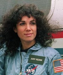 Judy Resnik Photos on Myspace Apollo Space Program, Nasa Space Program, Astronauts In Space, Nasa Astronauts, Christa Mcauliffe, Space Shuttle Challenger, Women Lawyer, Most Popular Instagram, Strong Women