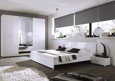 Wohnideen Schlafzimmer, Möbel Set In Weiß, Runde Pendelleuchten,  Kleiderschrank Mit Spiegel
