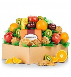 A gourmet fruit gift with the sweetest combination, fruit and cookies This signature gourmet gift combines the healthy satisfaction of ripe fruit with delicious cookies and savory snacks The perfect balance of health and indulgence sure to impress on any occasion Healthy Choices Fruit Gift