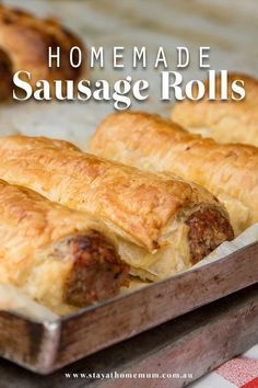 Our Sausage Roll Recipe Is Super Easy And Incredibly Yummy ; unser wurstbrötchen-rezept ist super einfach und unglaublich lecker Our Sausage Roll Recipe Is Super Easy And Incredibly Yummy ; Brunch Recipes, Appetizer Recipes, Sausage Recipes For Dinner, Recipe For Sausage Rolls, Brunch Ideas, Thermomix Sausage Rolls, Best Sausage Roll Recipe, Tasty Breakfast Recipes, Healthy Sausage Rolls