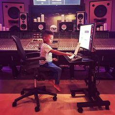 🎵 The future of music #future #music #recording #mixing #daw #protools #avid #iamavid