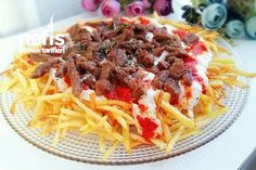Nefis Çökertme Kebabı Tarifi Kebab Recipes, Soup Recipes, Dinner Recipes, Yummy Recipes, Turkish Recipes, Ethnic Recipes, Chicken Broccoli Alfredo, Beef Enchiladas, Food Articles