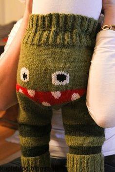 neulonta, monsterihousujen ohje Diy Crochet And Knitting, Crochet Bebe, Knitting For Kids, Baby Knitting Patterns, Crochet For Kids, Baby Makes, Sweater Design, Crochet Doilies, Poppies