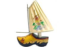 """Vintage Dutch wooden shoe boat lamp with shade /sail marked: """"Holland"""" and a hand drawn and painted windmill scene on the silk shade/sail. Dutch Wooden Shoes, Wooden Clogs, Mediterranean Table Lamps, Antique Table Lamps, My Best Friend, How To Draw Hands, Boat, Antiques, Windmills"""