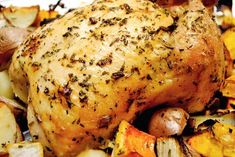 Herbed Roasted Chicken and Vegetables http://tsgcookin.com/2010/11/herbed-roasted-chicken-and-vegetables/