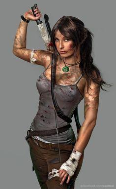 Lara Crosft cosplay via reddit user kalmarlaszlo222