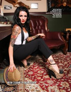 Luv those heels! Rockabilly Mode, Rockabilly Fashion, Punk Fashion, Gangsta Girl, Chicana Rose, Gangster Outfit, Chola Girl, Pin Up Kleidung, Pin Up Style