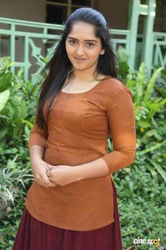 South Indian heroine - Sanusha.