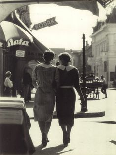 Taking a stroll together, 1930s. #vintage #1930s #street_photography