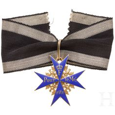 Military Decorations, Military Orders, Arts Award, World, Swimwear, Awards, Fashion, Hanging Medals, Bathing Suits